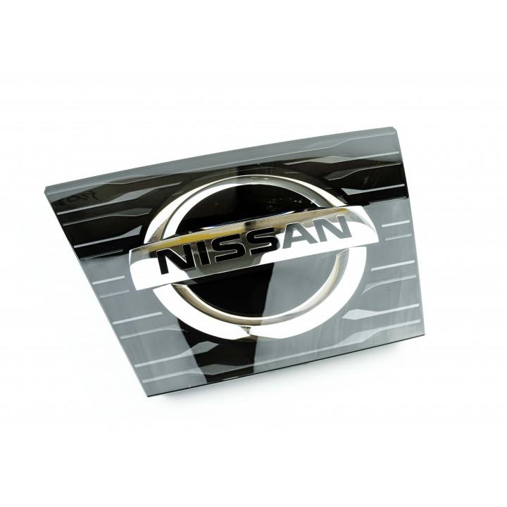 Эмблема передняя на решетку Nissan X-TRAIL T32 62890-6FL0A