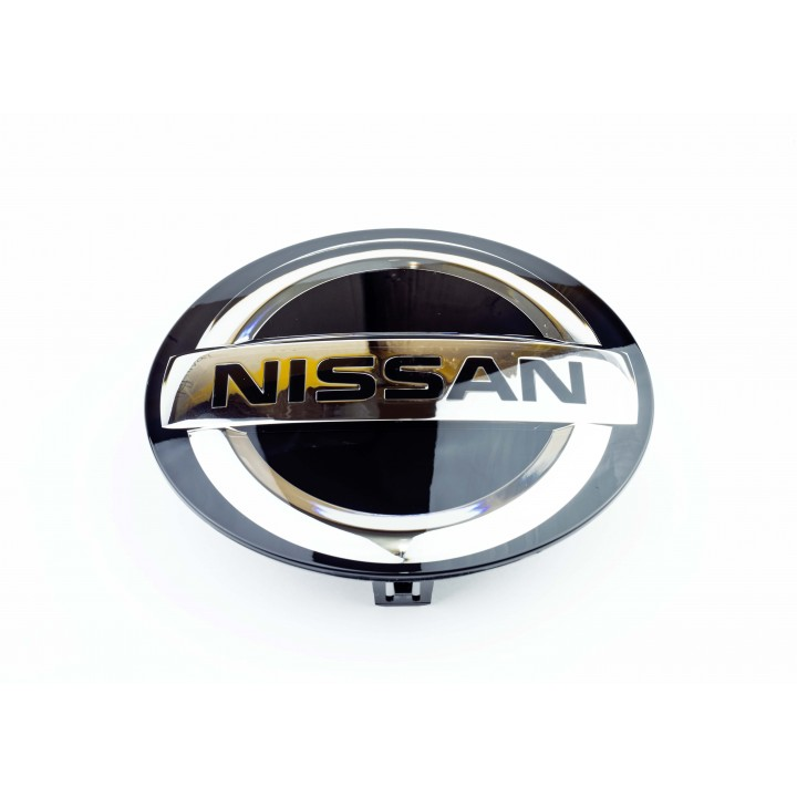 Эмблема передняя на решетку Nissan Qashqai J11 62889-6CA0A,  62890-hv20a